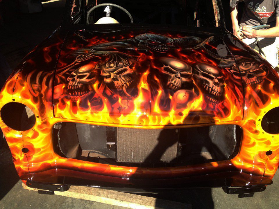 Flames and skulls ford compact airbrush art usa for Airbrush car mural